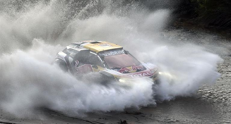 Dakar 2018:Sainz resistió una ardua jornada para quedar a un paso de su segundo título