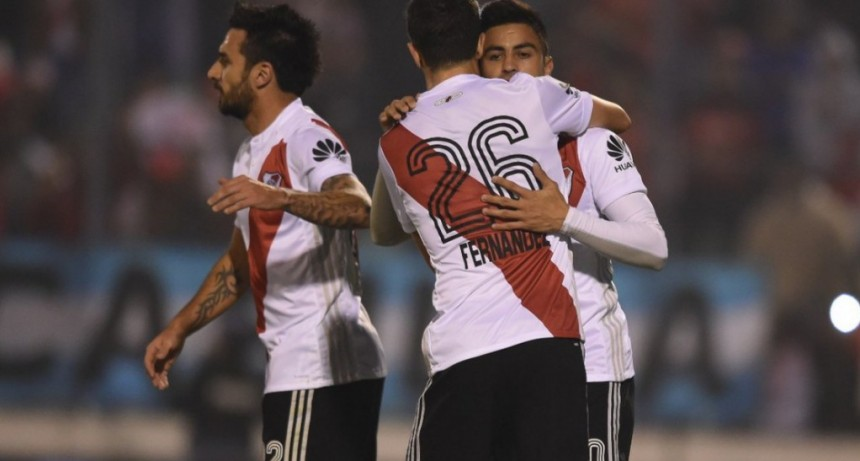 River goleó a Independiente