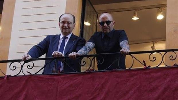 El presidente de Sevilla admitió que Jorge Sampaoli tiene una oferta de la selección argentina