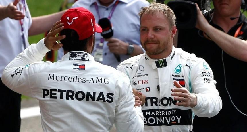 Botta y Hamilton en primera posiciones para el domingo en el GP de China
