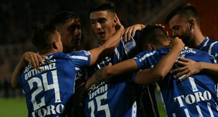 Godoy Cruz le ganó a Sporting Cristal