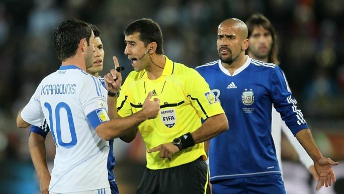 El árbitro uzbeko que trae malos recuerdos a la selección