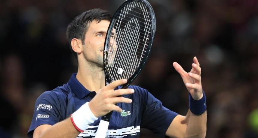 Novak Djokovic revela en París que está enfermo