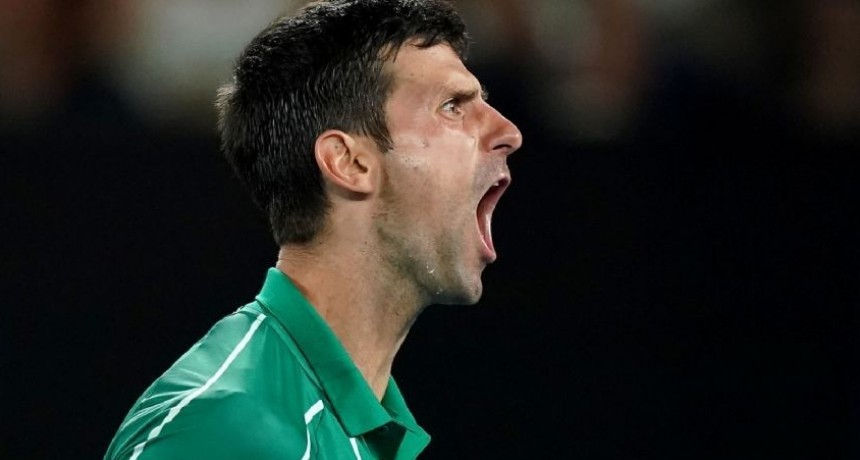 Djokovic elimino a Federer y es finalista en Australia