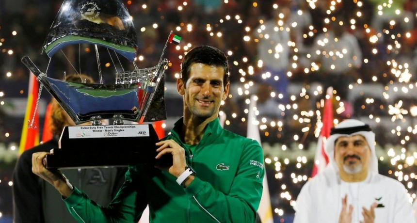 Djokovic fue más que Tsitsipas y se consagró en Dubai